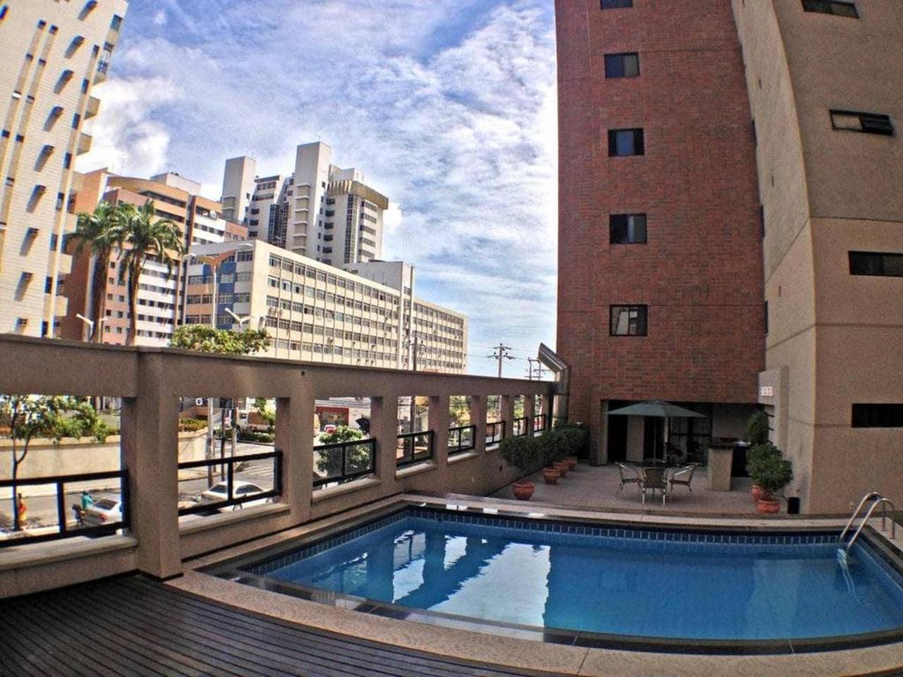 Hotel próximo ao aeroporto de Fortaleza com quartos para famílias